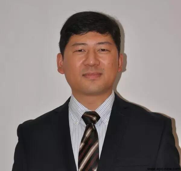施耐德产品高级工程师张学文.jpg
